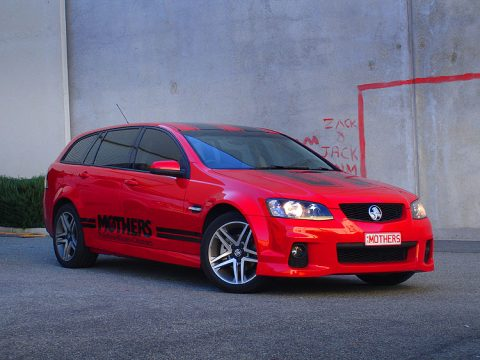 mothers-holden-commodore-signs
