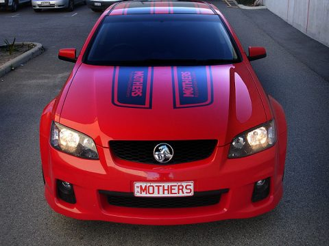 mothers-holden-commodore-signwriting