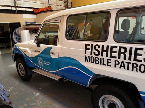 Toyota-Landcruiser-signwriting-perth